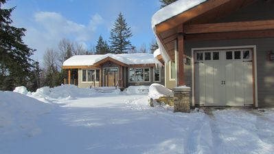 Private Luxury home on 12 Acres minutes from Ski Resort!