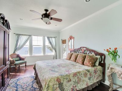 Navarre Beach house rental - First floor master with king bed and view of Sound.