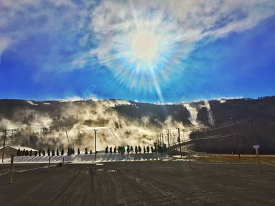 Beautiful Blue Mountain blowing snow !!!!!