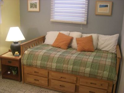 Trundle bed for 2 (all linens and sheets included)