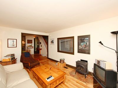 Charming Home in Downtown Area Central to Tourist Attractions