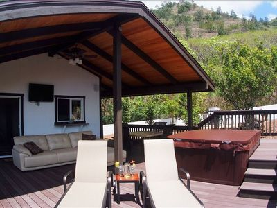 Hawaii Kai cottage rental - Enjoy your private hot tub with incredible views or watch TV from the hot tub!