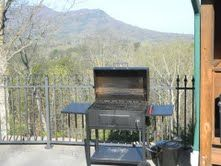Pigeon Forge cabin photo - New Charcoal Grill