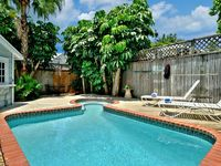 PASSOVER COTTAGE - Adorable, Historic Home w/ Caribbean Attitude and Pvt Pool