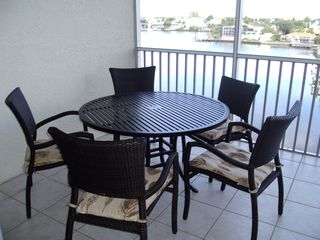 Vanderbilt Beach condo photo - New high-quality, comfortable lanai furniture