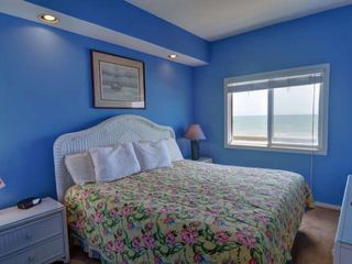 Surf City house photo - Kjng Master Bedroom
