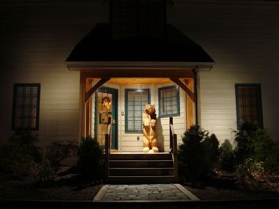 Day or night, you'll love coming home to The Bear House!