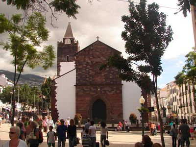 The beautiful Funchal Cathedral...