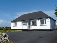 CRENDON, family friendly, with a garden in Illogan Downs, Ref 19009