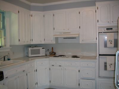 Lancaster house rental - kitchen