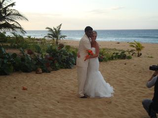 Arecibo villa photo - Love,beach,sunset.........dreams come true! At Atlantic Sand Oasis
