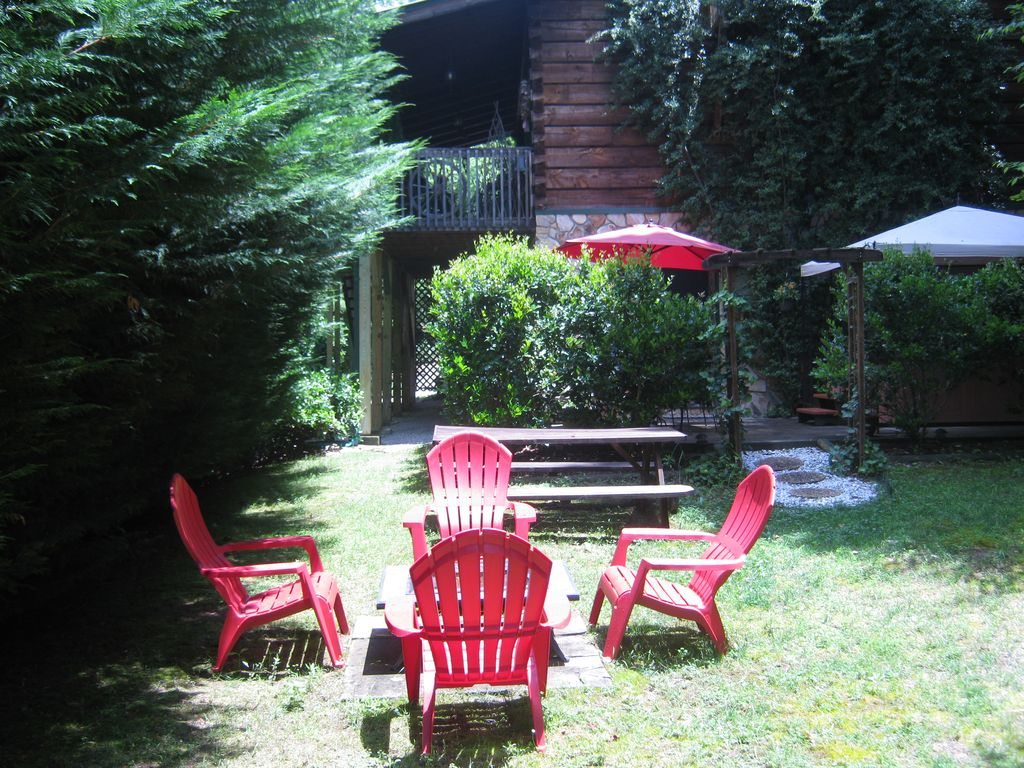Enjoy a wood fire in the backyard on those cool evenings!