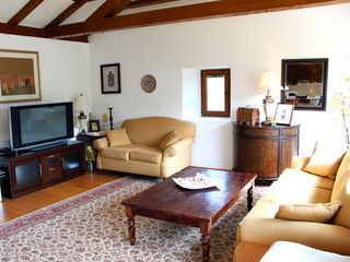 Dubrovnik villa photo - Catch up on news from home while watching satellite TV or using the free Wifi.
