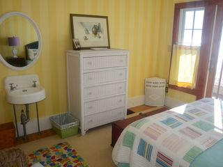 Kennebunk Beach house photo - Middle bedroom on ocean
