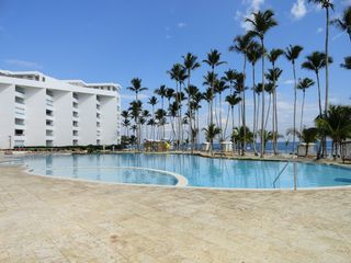 Juan Dolio condo photo - Right side pool view