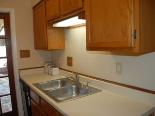 Clear Lake City townhome photo - Kitchen.