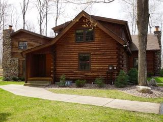 Minocqua cabin photo - Front door welcomes you