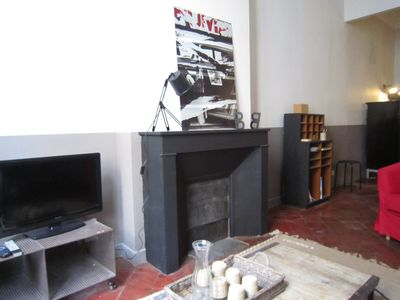 fireplace , tv and internet box (hi-speed)