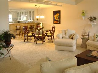 Ponte Vedra Beach condo photo - View of large living area/dining area/ kitchen