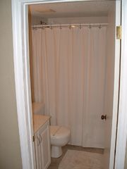 Daytona Beach condo photo - Guest Bathroom