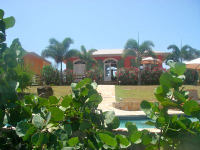 Picturesque Caribbean Villa: Privacy, Pool And Views. 2 Miles From Zoni Beach.