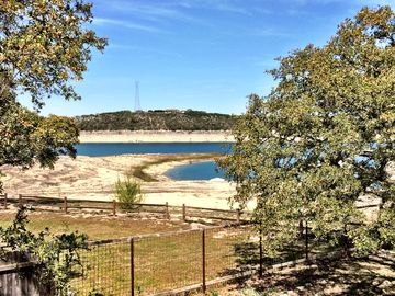 Lake Travis HOUSE Rental Picture