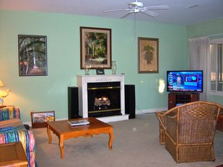 "Pawleys Island townhome photo - Great Room - with new 46"" LED TV - DVR - DVD - Surround sound"