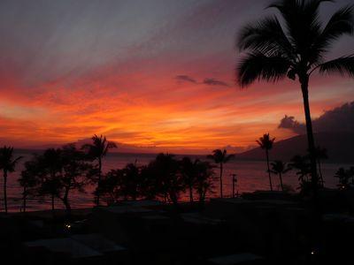 Magical Maui Sunset from your condo KBR #511- breathtaking...