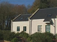 Fabulous new 4 holiday cottages in excellent location near Edinburgh