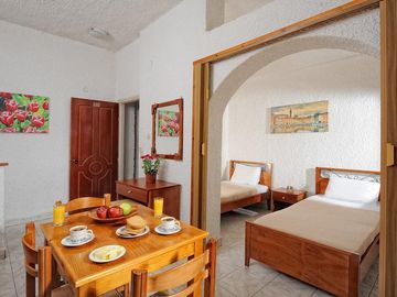 Cozy apartment in Hersonissos with Washing machine, Air conditioning