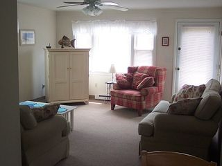 Scarborough Beach house photo - Living Room - Cable, Internet, XBox, & Playstation