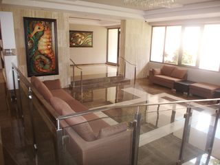 Isla Verde condo photo - Marbella del Caribe East lobby area