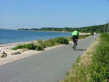 Shining Sea Bikeway: Delightful for anyone who walks, bikes, roller blades,runs