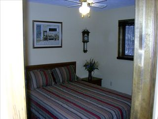 Bedroom - Arrowhead Lake chalet vacation rental photo