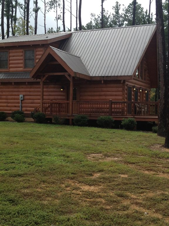 Log cabin retreat at beautiful rough river lake vrbo for Log cabin retreat