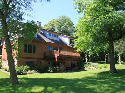 Pristine Lake Sylvia Getaway w/accomidations perfect for large or small groups!