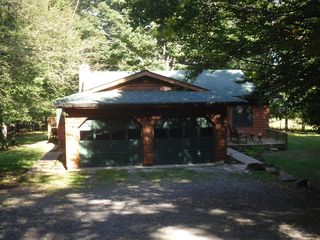 Canaan Valley cabin photo - Inside garage, gentle driveway, always plowed