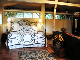 New Braunfels estate photo - King sized bed in Cottage