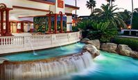 New Years Eve at Family Friendly Resort 15 Minutes From Disney