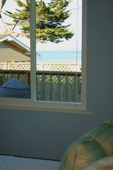 Pacific Grove house photo - Lay in bed and watch the water.