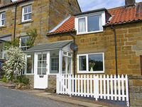 THE COTTAGE, pet friendly, with a garden in Lealholm, Ref 3963