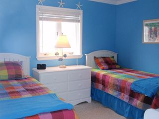 Bethany Beach townhome photo - The third bedroom has 2 twin beds, a 19 inch tv, and some of children's books.