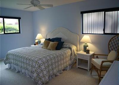 Solana Beach condo rental - Master bedroom with king bed