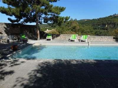 Charming old inn Provence Luberon with pool in quiet hamlet