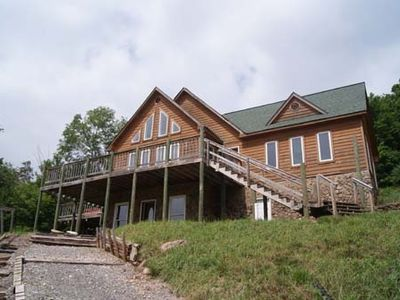 Welcome to Whitetail Lodge!