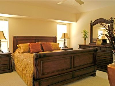 Master King Size Bedroom