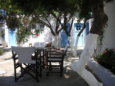 Breakfast under the olive trees ...
