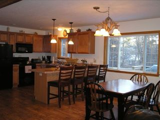 Towamensing Trails chalet photo - Enjoy A Beautiful Sit Down Dinner With The Family!
