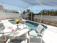 Relax after Disney or Golf in Executive Home / Pool