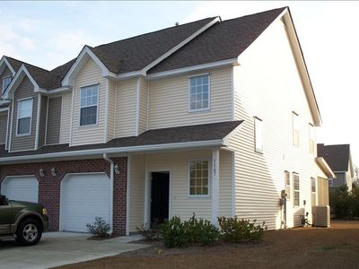 Brand new townhome close to downtown Charleston!